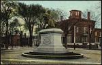 Portland, Maine, Longfellow Monument