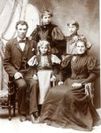 Alfred & Brita (Sodergren) Swenson with daughters - Ida, Emmy & Lottie